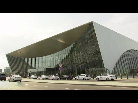 Новый аэропорт в Саратове принял первый рейс.
