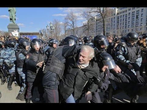 Массовые аресты Пушкинская площадь на митинге.