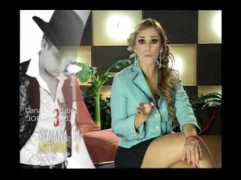 ALEXANDRA GONZALEZ EN MINIFALDA NEGRA -GRUPERRONAS- - YouTube