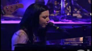 Клип Evanescence - Missing (live)