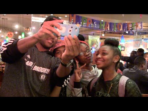 Jarrett Jack surprises fans with tickets in Brooklyn