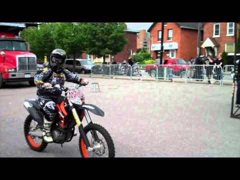 KTM Dirtbike Stunts