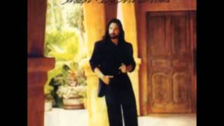 Marco Antonio Solis Video - 8. Invéntame - Marco Antonio Solís