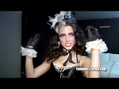 90210 Star Jessica  Lowndes Has Burlesque Birthday
