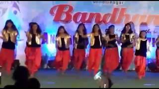 Noziya karomatullo's Mara karda faramoush nev 2013 song dance by Indian girls