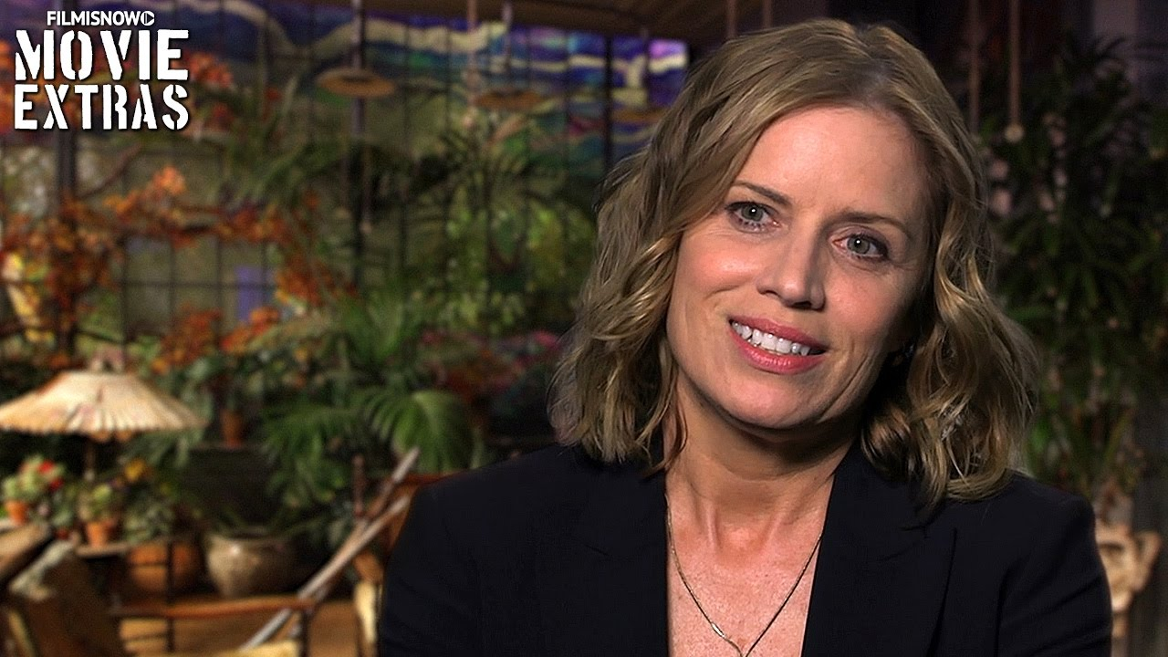 Miss Peregrine's Home For Peculiar Children | On-set visit with Kim Dickens 'Jake's Mom'