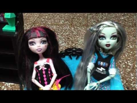 Monster High La Serie Capitulo 1 La Chismosa