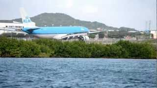 KLM Airbus A330 arrival into Aruba Airport