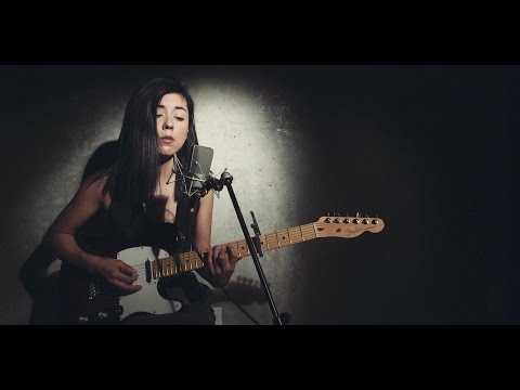 Daniela Andrade - Hotline Bling