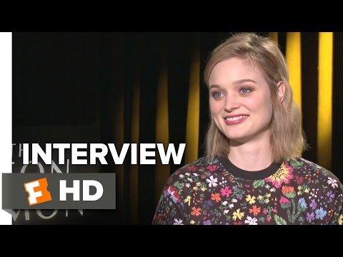 The Neon Demon Interview - Bella Heathcote (2016) - Horror Movie HD