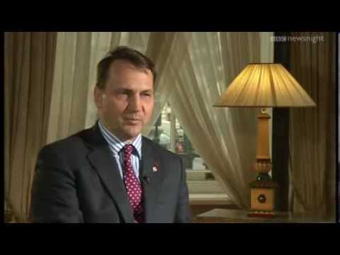 Could Ukraine split? Jeremy Paxman talks to the Polish FM - Newsnight