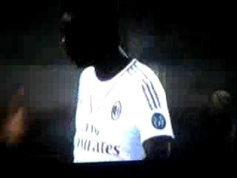 Balotelli manda a fanculo l'arbitro