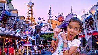 Me subi a la MONTAÑA RUSA en la CIUDAD del FUTURO! Magic Kingdom Disney