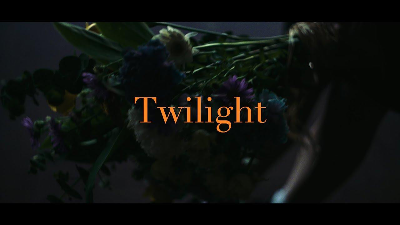 """藤原さくら - デジタルシングル""""Twilight""""のMVを公開 2020年2月12日配信開始 テレビ東京他 ドラマ「100文字アイデアをドラマにした!」主題歌 thm Music info Clip"""