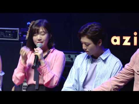 (ENG SUB) Lee hyun woo and uniq sungjoo comforted red velvet joy as she cried~