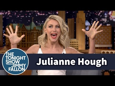 Julianne Hough Is Grease: Live's Sandy