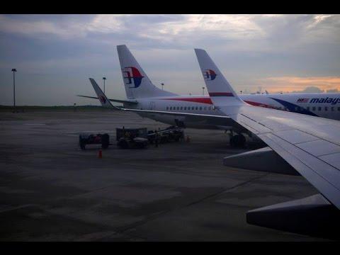 Malaysia Airlines B737-800 Flight Experience: MH725 Kuala Lumpur to Jakarta