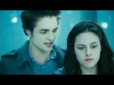 Twilight Trailer 3 FULL (with the REAL KISS!!!) Video