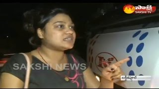 Hyderabad Woman Warning to Private Travels