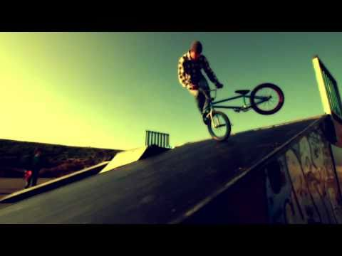 BIKE BMX SLOWMOTION 1000 fps Canon 7d GoPro HD