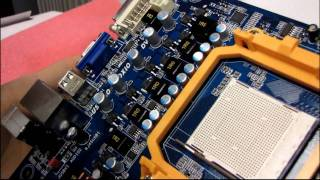 Biostar TA790GXB3 AM3 790GX DDR3 Motherboard Unboxing & First Look Linus Tech Tips