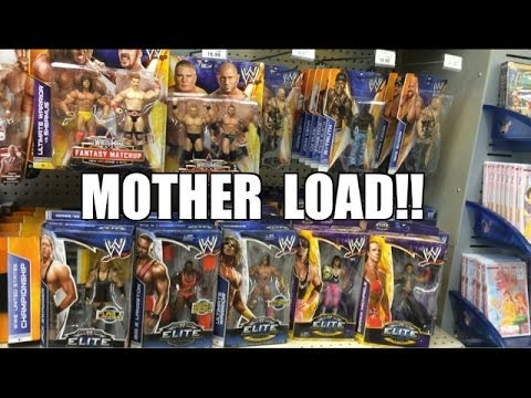 WWE ACTION INSIDER: ToysRus MOTHERLOAD! Mattel Wrestling Figure aisle loaded w/Elite 26 WM30 series