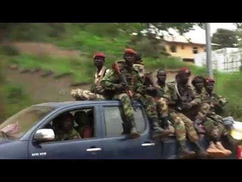Rwandan peacekeepers take former Seleka out of Bangui