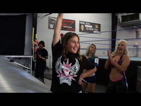 """Superstars For Kids Auction Winner Lindsey Becomes A """"diva For A Day"""" video"""
