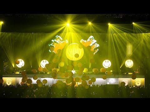 Armin Van Buuren - Ping Pong (Live @ Ziggo Dome, 2014)