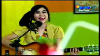 Dilema Acoustic by Anisa Chibi (Cherrybelle) On FTV 22 Aug 2011