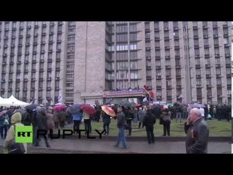 LIVE Pro-Russia protest in Donetsk