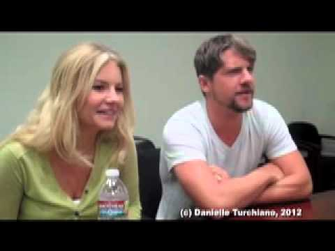 Elisha Cuthbert & Zachary Knighton talk 'Happy Endings' relationship in season three
