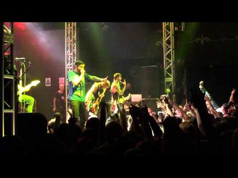 A Day To Remember - The Plot To Bomb The Panhandle (Live) @ 02 Academy, Leeds, 16-11-2014
