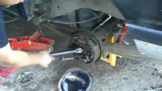 how to remove a axle seal on ford 8.8 rear axle