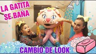 Kimy La Gatita se baña - Pillamada de Iliana / Kids Play