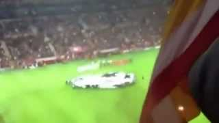 Galatasaray - Manchester United 1-0 Taraftar Show in Old Trafford... Highlights.. 20.11.2012