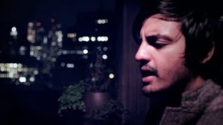Watch Young The Giant Guns Out video