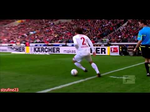 Japanese full back player - Full name: Gotoku Sakai / ���徳 Current club: VfB Stuttgart 1893 Number: 2 Position: Defence - Fullback, left / right Foot: both Date of Birth: Mar 14,...