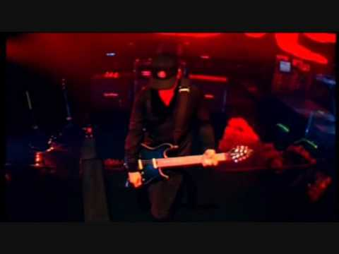 Countdown / Tarantula - Pendulum Live at Brixton Academy (DVD) Video