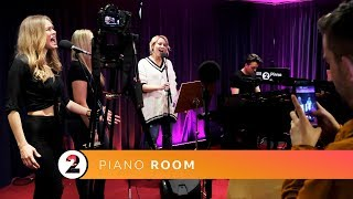Download Lagu Claire Richards - In My Blood (Shawn Mendes cover) Radio 2 Piano Room Gratis STAFABAND