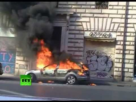 fight-chaos-first-video-of-occupy-rome-rally-turning-violent-.html