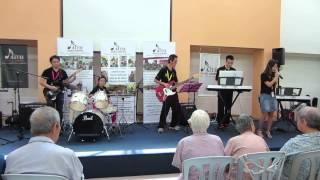 video Cactus Rose performing
