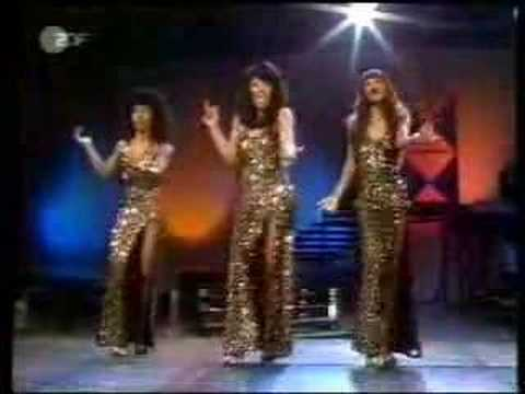 The Three Degrees - Dirty Ol' Man (1974)