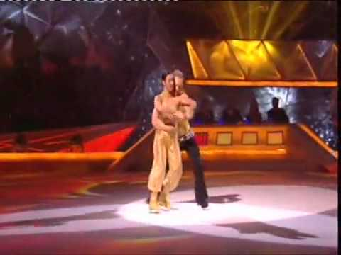 Jai ho dance by ice skaters