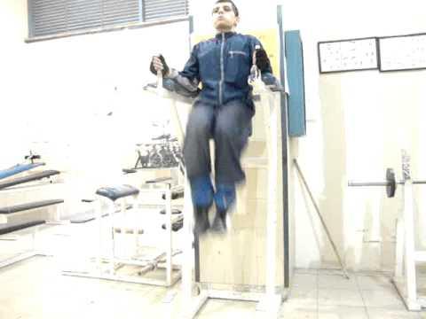 Ramiro 182 en el gym ejercicio para abdomen bajo 3 youtube for El gimnasio