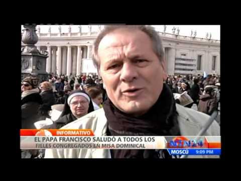 Papa Francisco realiza su primer rezo del Ángelus en la plaza de San Pedro