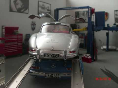 Diecast Model Car Garage 1/18 Diecast Model Car