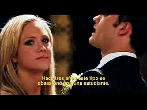 www.nochedegraduacionsangrienta.com.mx La noche con la que cualquier chica preuniversitaria sueña pasa de ser mágica a perversa para Donna Keppel (Brittany Snow), cuando el obsesivo psicópata...