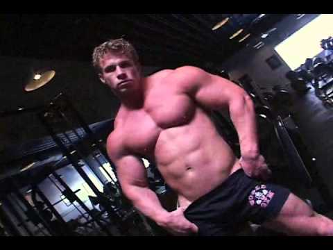 Mark Dalton Gym Workout and Posing