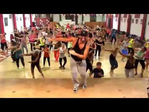 Fireball  Pitbull ft Jonh Ryan * Ricardo Rodrigues Coreography * Zumba Fitness